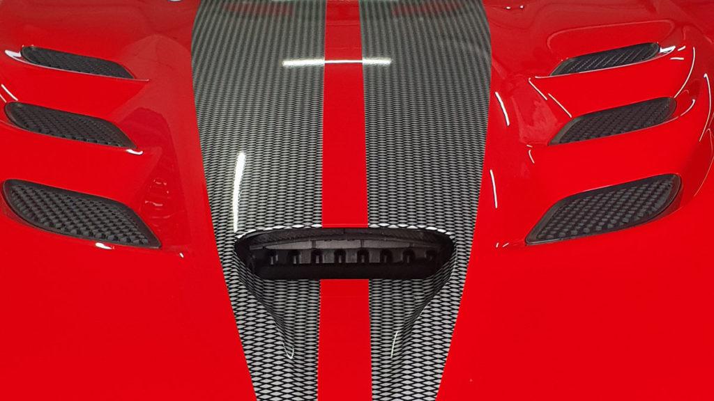 Viper Motorhaube Rot